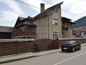 Casa de vânzare 6 camere, în Campulung Moldovenesc, zona Central
