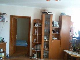 Apartament de vânzare 3 camere, în Craiova, zona George Enescu