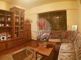 Apartament de vânzare 4 camere în Craiova, Lapus