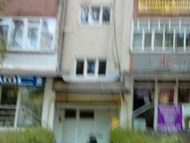 Apartament de vânzare 3 camere, în Bistrita, zona Central