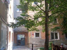 Apartament de vânzare 2 camere, în Drobeta Turnu-Severin, zona Chihala