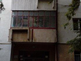 Apartament de vânzare 3 camere, în Slobozia, zona Nord