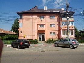 Apartament de vânzare 3 camere, în Balotesti