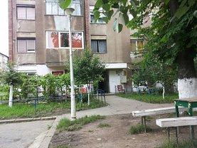 Apartament de vânzare 2 camere, în Hunedoara, zona Central