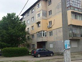 Apartament de vânzare 3 camere, în Giurgiu, zona Tineretului