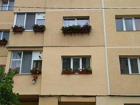 Apartament de vânzare 3 camere, în Baia Mare, zona Ferneziu