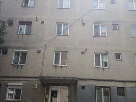 Apartament de vânzare 2 camere, în Salonta, zona Central