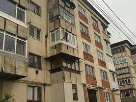 Apartament de vânzare 2 camere, în Campulung-Muscel, zona Nord