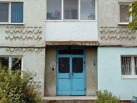 Apartament de vânzare 3 camere, în Resita, zona Moroasa 2