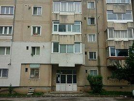 Apartament de vânzare 4 camere, în Targoviste, zona Micro 2
