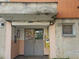 Apartament de vânzare 2 camere, în Aiud, zona Periferie