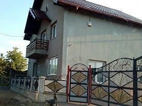 Casa de vânzare, în Radauti, zona Nord-Vest