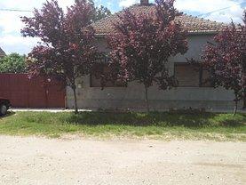 Casa de vânzare, în Valea lui Mihai, zona Vest