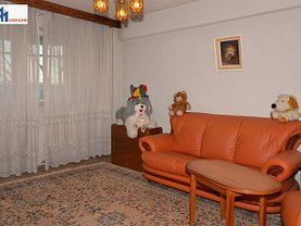 Apartament de vânzare 4 camere în Botosani, Sud