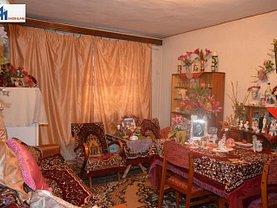 Apartament de vânzare 4 camere în Botosani, Sud-Vest