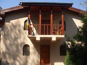 Casa de vânzare 10 camere, în Eforie Sud