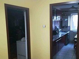Apartament de vânzare 4 camere în Botosani, Central