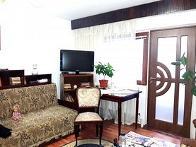 Apartament de vânzare 3 camere în Buzau, Brosteni