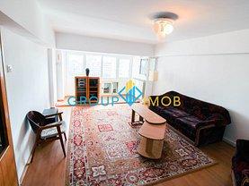 Apartament de vânzare 4 camere în Bacau, 9 Mai