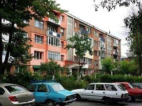 Apartament de vânzare 2 camere, în Petrosani, zona Sud