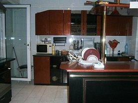 Apartament de vânzare 4 camere în Galati, I. C. Frimu