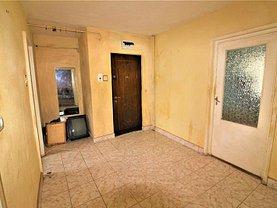 Apartament de vânzare 3 camere în Bacau, Alexandru cel Bun