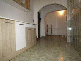 Apartament de vânzare 3 camere în Targoviste, Micro 4