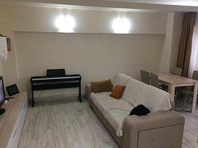 Apartament de închiriat 3 camere în Arad, Intim