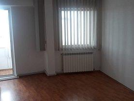 Apartament de vânzare 3 camere în Galati, Micro 13