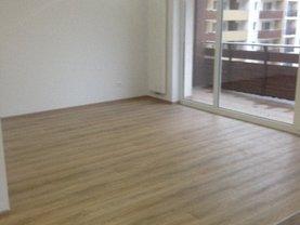 Apartament de vânzare 2 camere în Brasov, 13 Decembrie