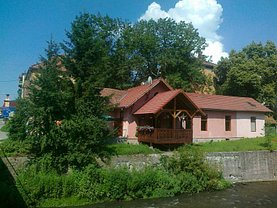 Casa de vânzare 6 camere, în Sovata, zona Central