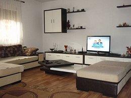 Casa de vânzare, 4 camere, în Bacau, zona Exterior Sud