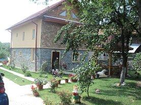 Casa de vânzare 4 camere, în Tismana, zona Nord