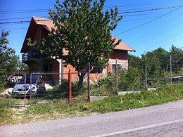 Casa de vânzare, 5 camere, în Campulung-Muscel, zona Est