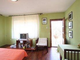 Casa de vânzare 6 camere, în Tuzla