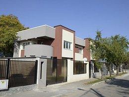 Casa de vânzare, 5 camere, în Ploiesti, zona Est