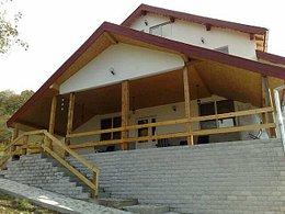 Casa de vânzare 10 camere, în Dumbrava