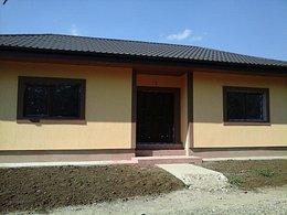 Casa de vânzare, 3 camere, în Iasi, zona Valea Adanca