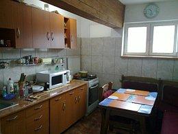 Apartament de vânzare, 3 camere, în Baile Olanesti, zona Central