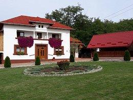Casa de vânzare 3 camere, în Priboieni