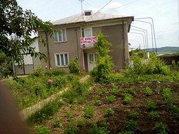 Casa de vânzare 8 camere, în Vaslui, zona Nord