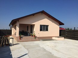 Casa de vânzare 3 camere, în Mihailesti, zona Nord-Est