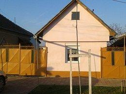 Casa de vânzare 6 camere, în Sannicolau Mare, zona Central
