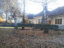 Casa de vânzare 7 camere, în Voinesti