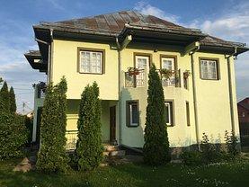Casa de vânzare 9 camere, în Pitesti, zona Trivale