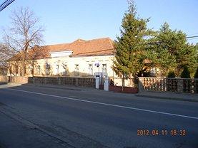 Casa de vânzare 15 camere, în Reghin, zona Ierbus
