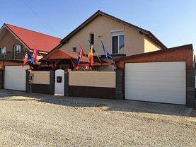 Casa de vânzare 3 camere, în Oradea, zona Nufarul