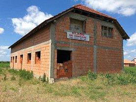 Casa de vânzare 11 camere, în Valea lui Mihai, zona Central