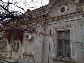 Casa de vânzare 8 camere, în Galati, zona Piata Centrala
