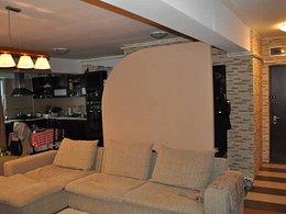 Apartament de vânzare 3 camere, în Bucuresti, zona Vitan-Barzesti